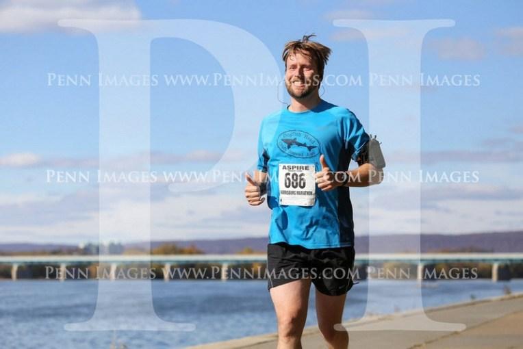 1-2014-11-09_Tim_official_marathon_pic