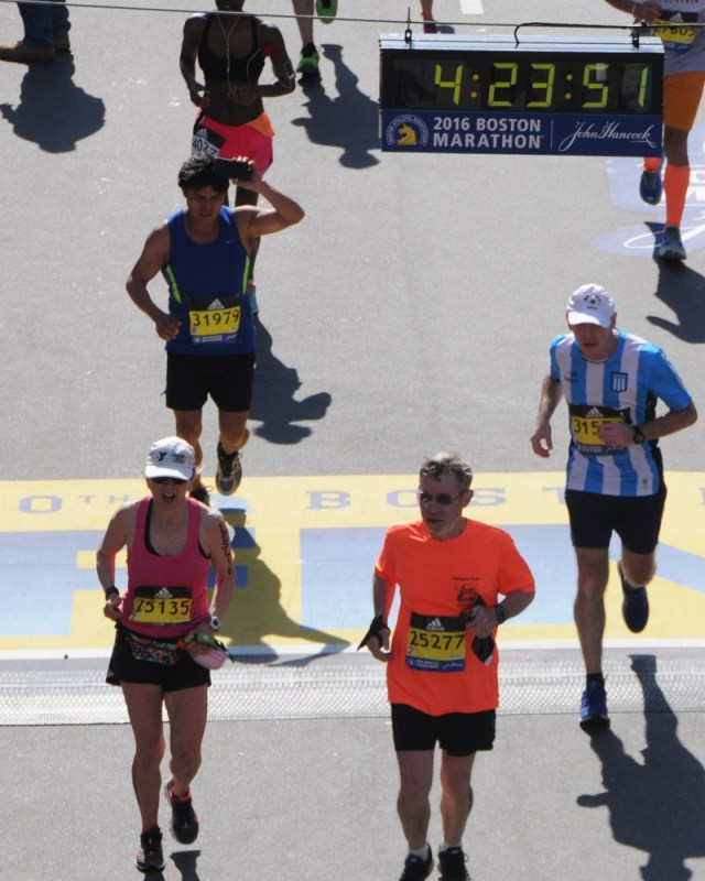 _Edwin-and-Leslie-finishing-Boston-Marathon.cropped-