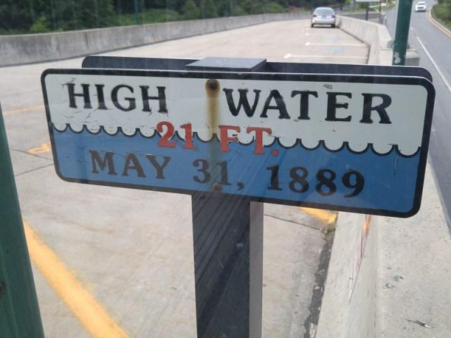 Johnstown-Flood-sign.800-07