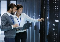 2 data centre administrators in a data centre
