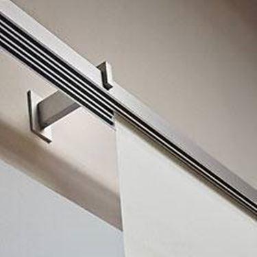 Bastoni in acciaio per tende moderne. Binari Per Tende A Pannello Tende