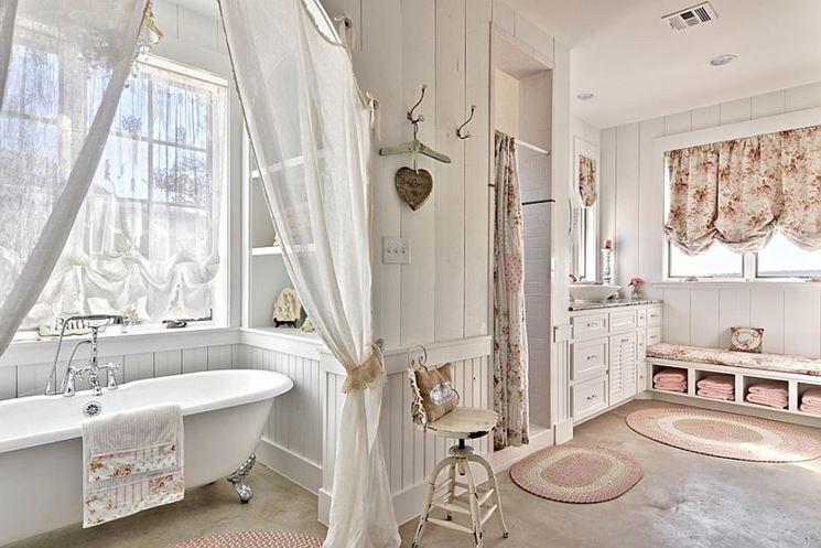 Rispetto a un classico porta asciugamani, ha un tocco più decorativo e risulta anche. Bagno Shabby Chic Bagno Arredare Un Bagno Shabby Chic