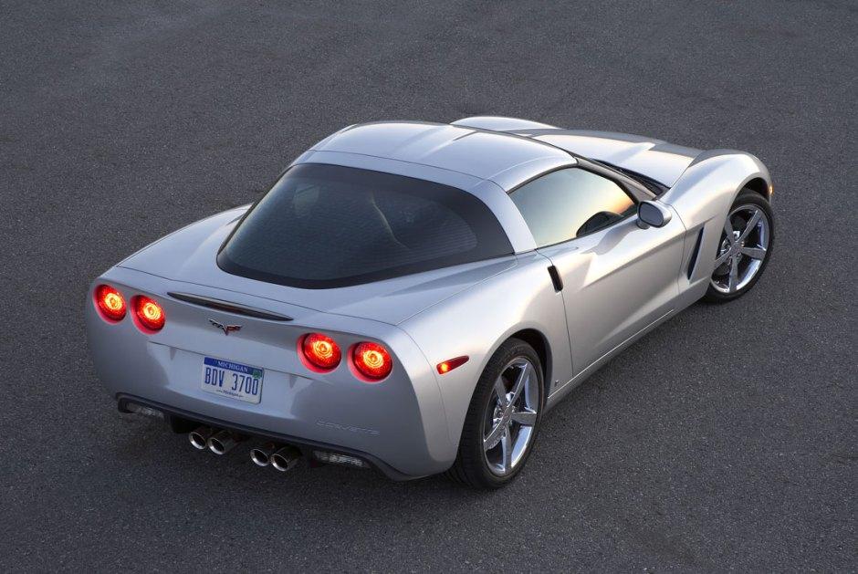 Test Drive of the C6 Corvette, E93 M3 and a 997 Carrera S - Right