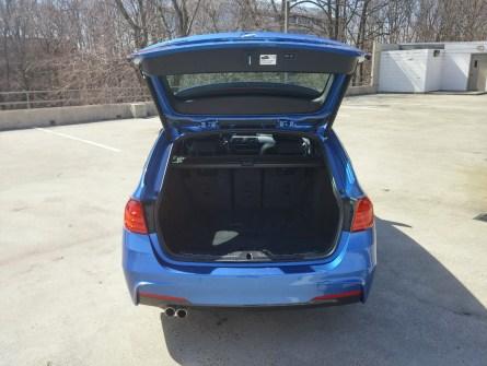 2015-bmw-328i-sport-wagon-estoril-blue-123043-1200x900