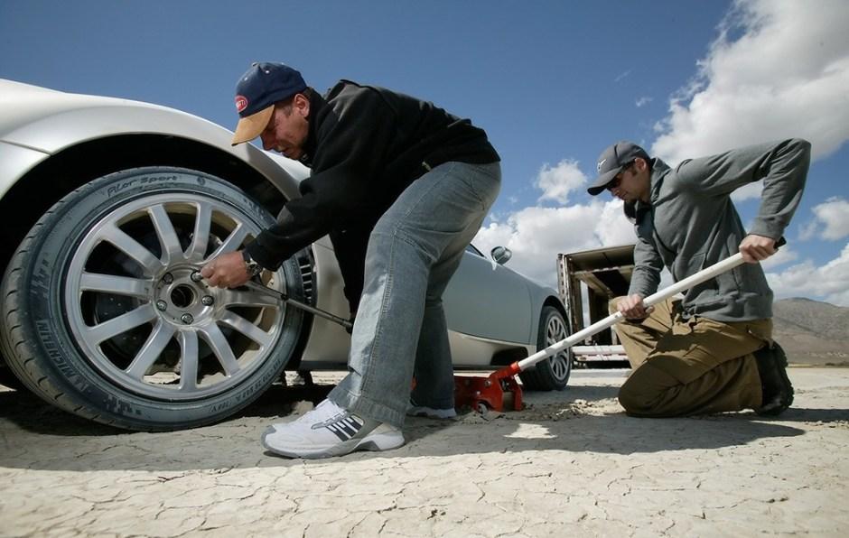 Bugatti_Veyron in Gerlach in Nevada