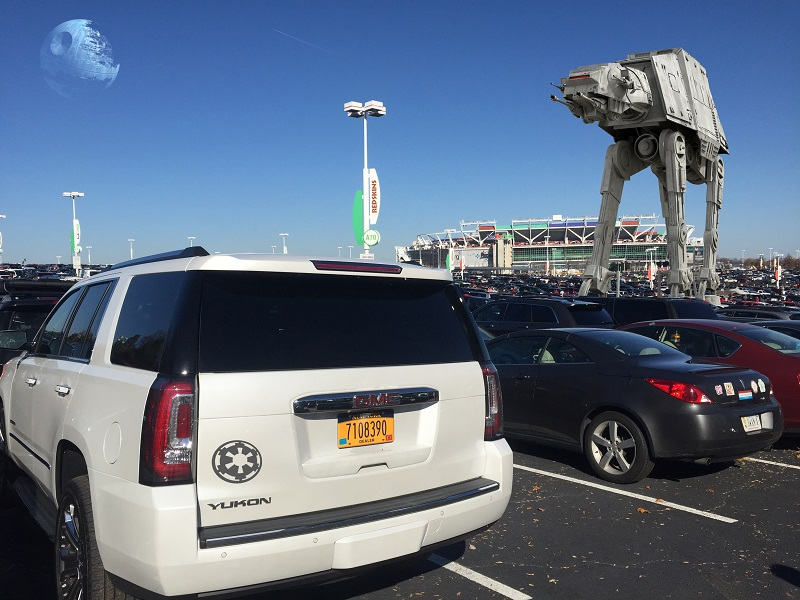 GMC Yukon Star Wars Stormtrooper