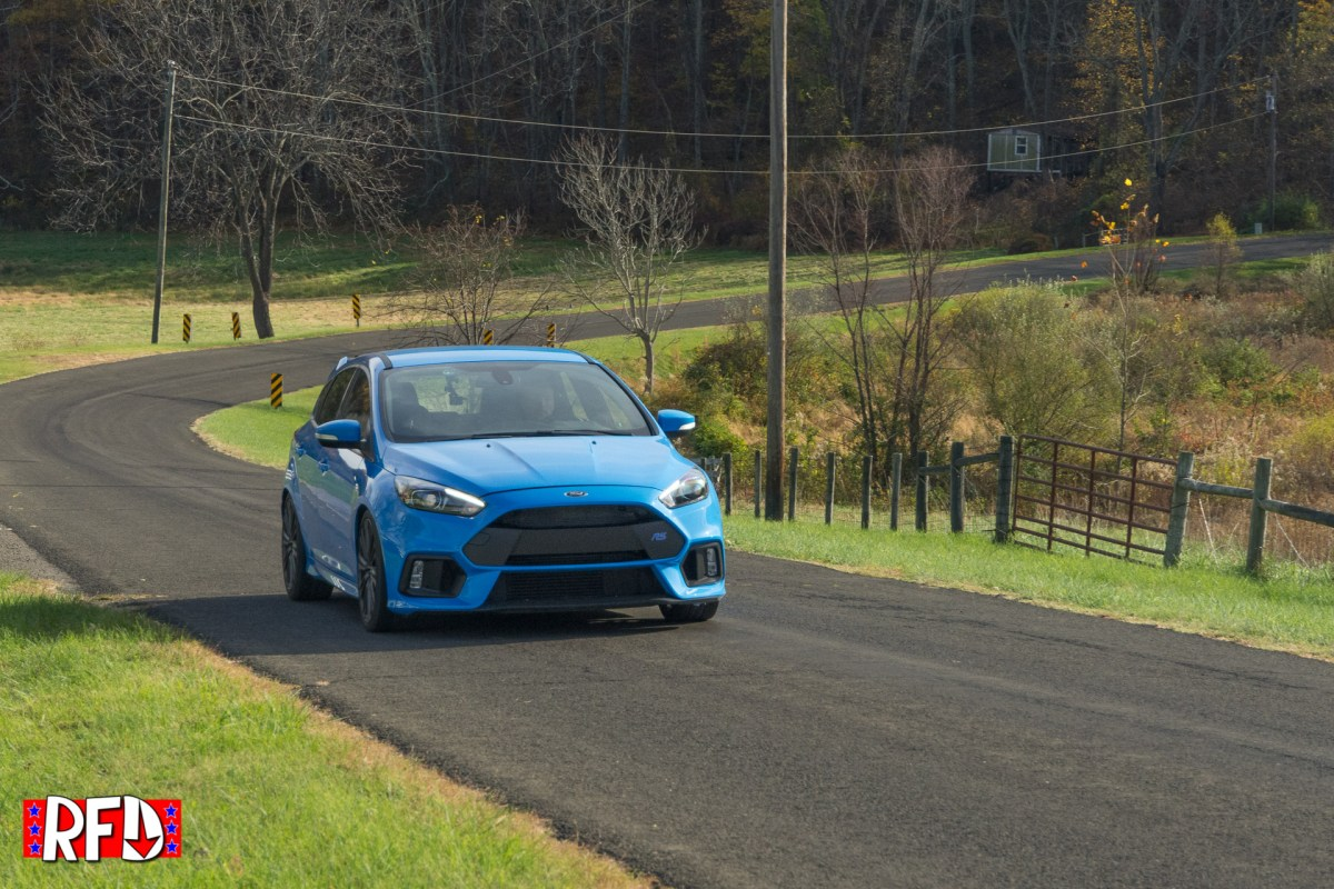 2016-ford-focus-rs-jtt_1236