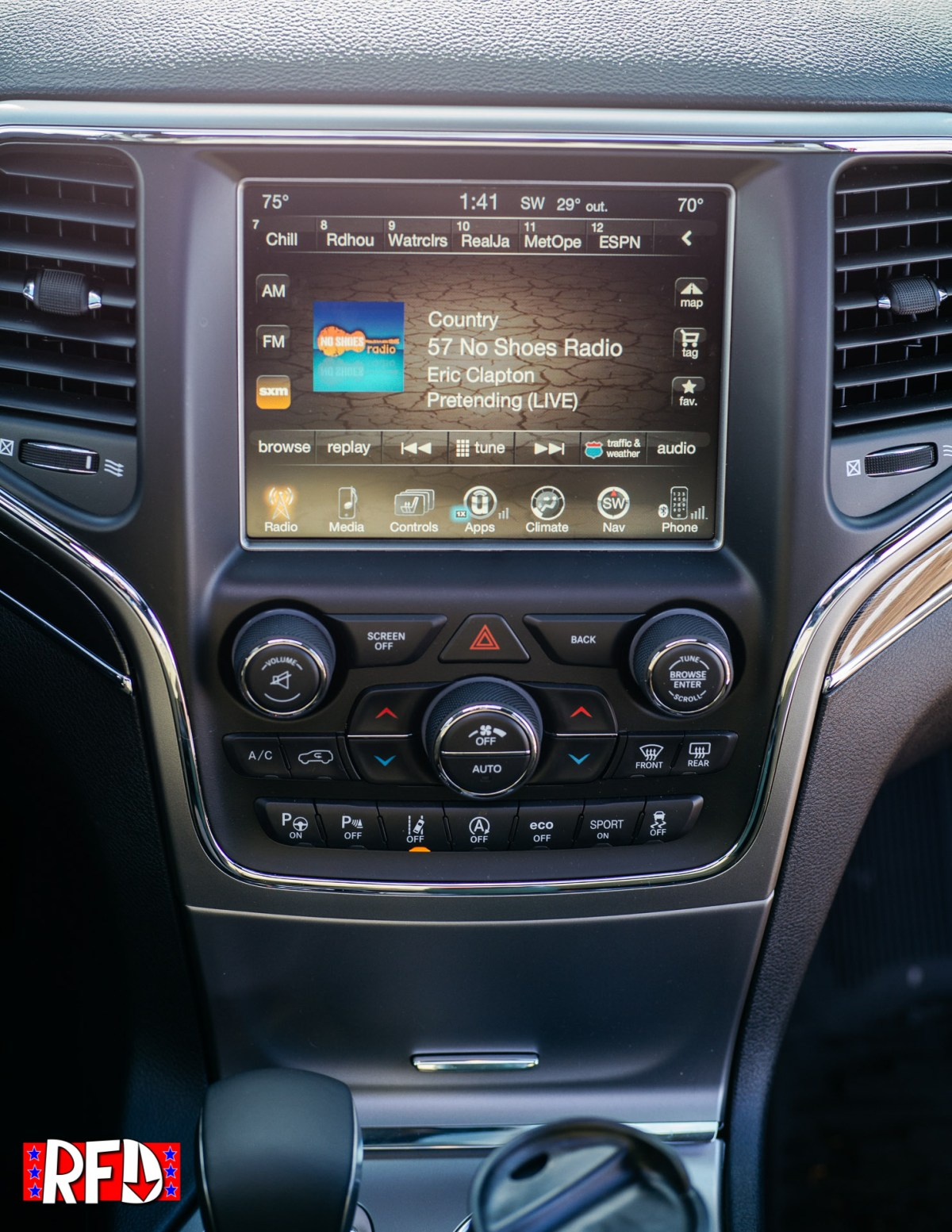 Jeep Grand Cherokee Trailhawk infotainment
