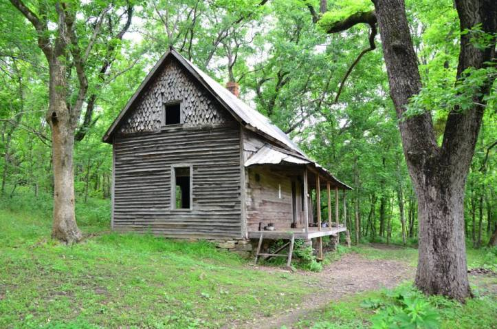 Granny Henderson House is shown along the Buffalo National River. Leave No Trace Principle 4 tells us to leave artifacts that you find