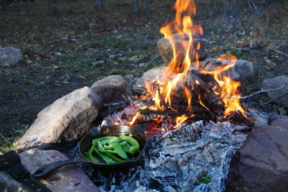 Leave No Trace Priniciple 5 – Minimize Campfire Impacts
