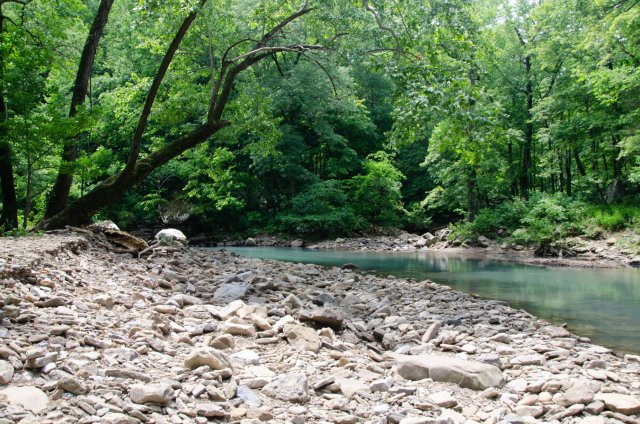 Richland Creek and the Devil's Fork drainage are shown