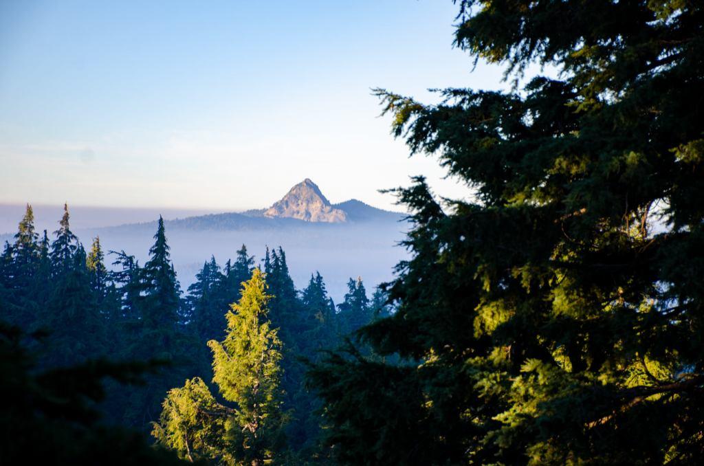 The Cascade Mountains are shown