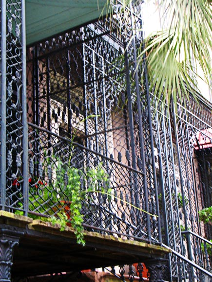 elaborate ironwork is an architectural feature seen in savannah, ga