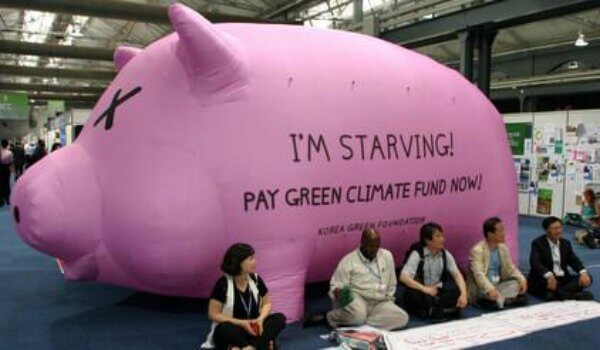 Im-startiving-pig-pay-green-climate-fund-now