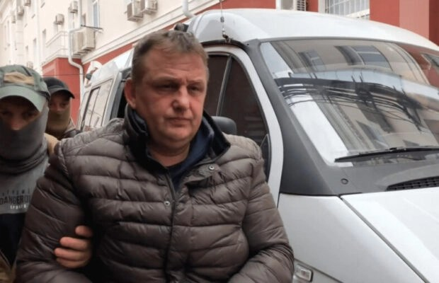 Read more about the article Legal Case of the Week: Simferopol court extends  pre-trial detention of journalist Vladyslav Yesypenko