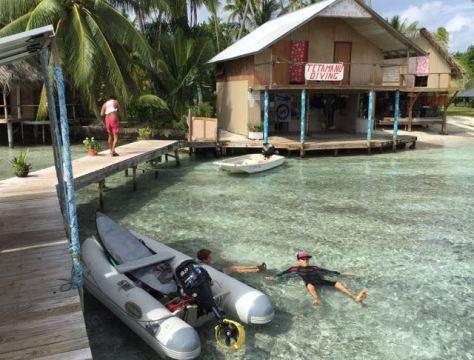 Tetamanu Village Pension, Dive Center and Cafe