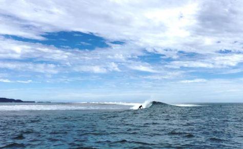 Surfing Raiatea Miri Miri.