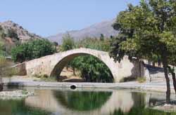gotische Brücke auf Kreta