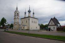 Typisch für diese Region - eine Winter- und eine Sommerkirche
