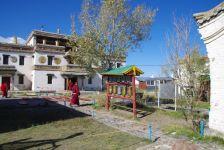 Die tibetische Tempelanlage im Klosterbereich...