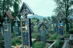 """Blick über den """"Lustigen Friedhof"""""""