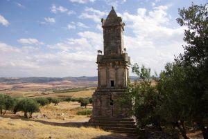 Das Mausoleum aus dem 2. Jahrh. vor Chr.