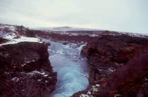 Der Fluss Hvitá mit dem Barnafoss