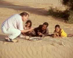 Wüstenhandel mit Nomaden am Morgen