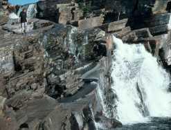 103-Wasserfall