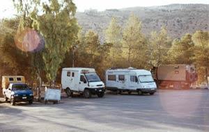 Auf dem Parkplatz von Petra