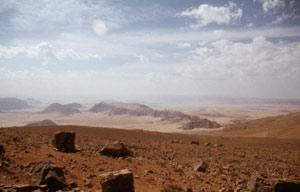 Aussicht vom Ras-an-Naqab in Richtung Wadi Rum