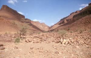 Blick auf Pass in der Amogjar Hochebene