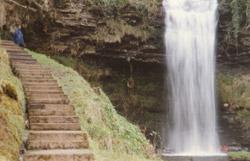 15-Wasserfall_Glencar_See