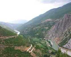 1640_Drina_Albanien 2010