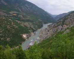 1670_Drina_Albanien 2010