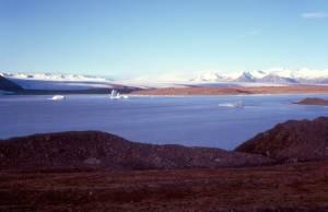 Auf der gegenüberliegenden Seite der Abzweig zum 980 zum Pass Breiddalsheidi