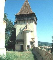 Der ev. Kirchturm von Birthälm