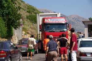 Verkehrchaos ála Albania in Qeparo...