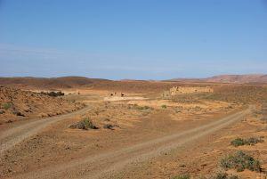 Die Lage des Forts von Osten (Campground) aus.