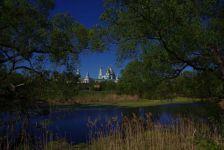 Blick auf die Klosteranlage und unseren Stellplatz