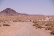 ...sie zwingen uns, statt in Richtung Gobi nach Ulan Bator entlang des markanten Bor Ovoo (2104m)