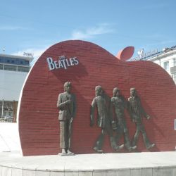 0022970_Beatles_Monument_v.li