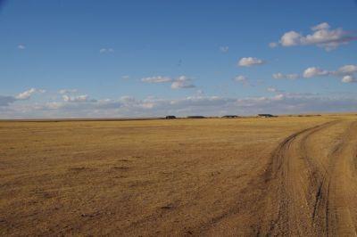 ...Richtung Ex-Sowjet-Militärflugplatz.