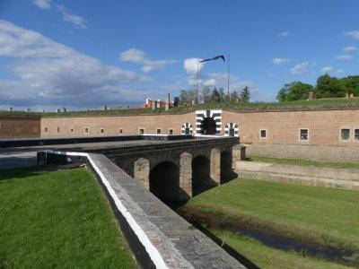 ...geht es zur Gedenkstätte Theresienstadt (Tschechien)....