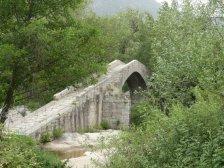 Die rustikale Pont Spin a Cavallu...
