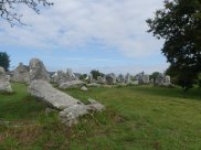 Bis zu 6 Meter hohe Menhiren-Gruppe bei Endeven - Gruß von Obelix?
