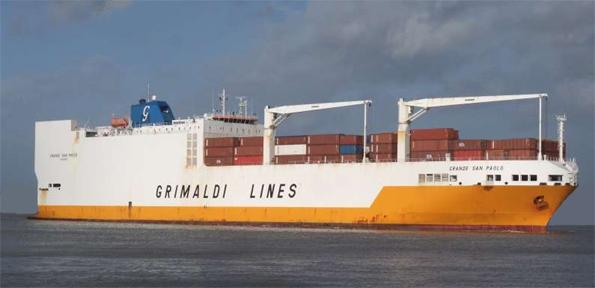 Frachtschiff Grande San Paolo
