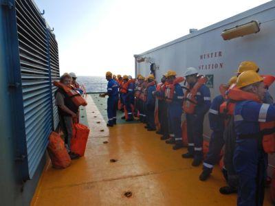 Nach vier Tagen die erste Seenot-Rettungs-Übung...