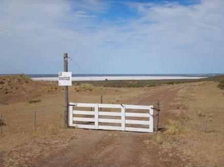 Der Große Salzsee ist mit -40 m der tiefste Punkt in Südamerika (Privatbesitz).