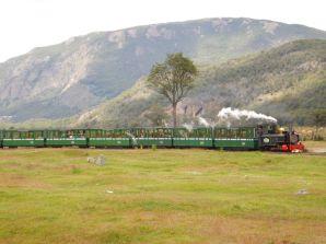 Auf 7 Kilometer der ehemals 25 Kilometer langen Conviet-Train-Strecke werden jede Menge Touristen in den Nationapark befördert.